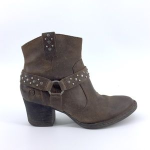 Born Leather Ankle Boots 8 Western Studs Brown
